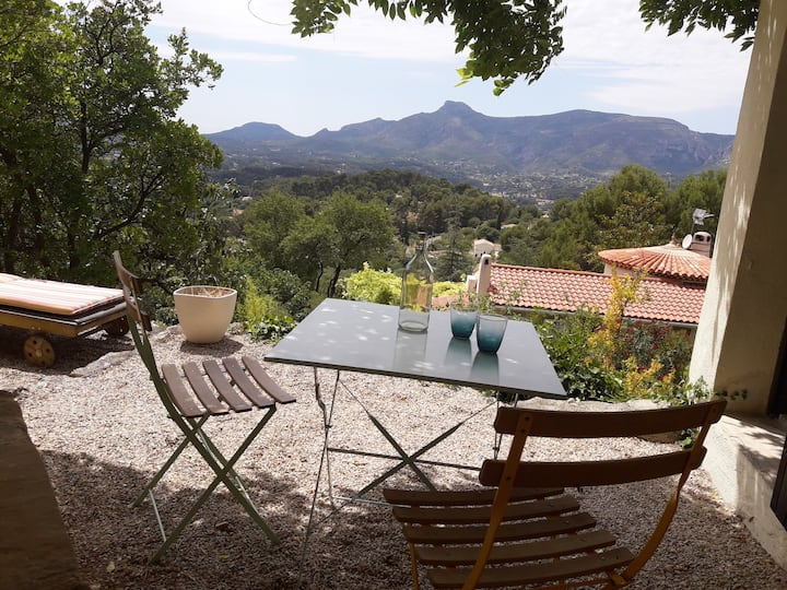 Studio in Provence, South France - Beautiful view