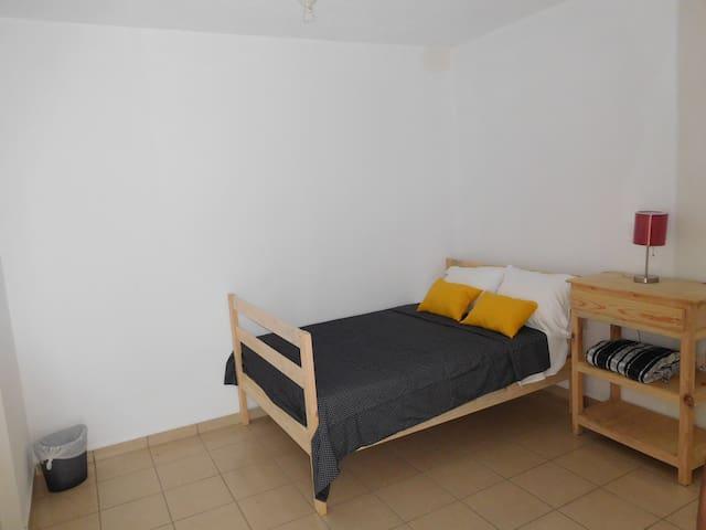 Habitación doble con baño privado: Estrella 9