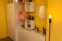 closet & drawers