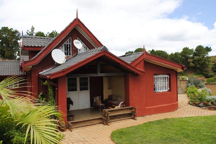 Une Chambre à la campagne (Lemurs Park à 5min)