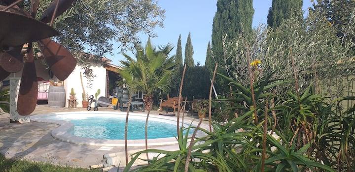 Cocon Provencal  30m2+terrasse vue jardin piscine