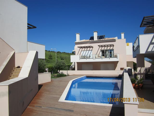 Stunning luxuary apartment with shared pool. - Luz - Apartment