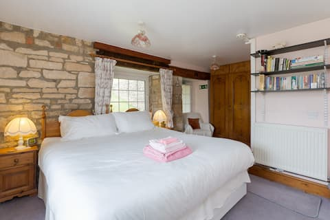 The Yew Tree Holiday Cottage