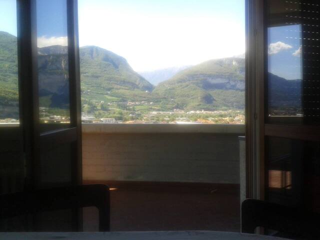Camera matrimoniale/doppia centrale - Trento - Apartment