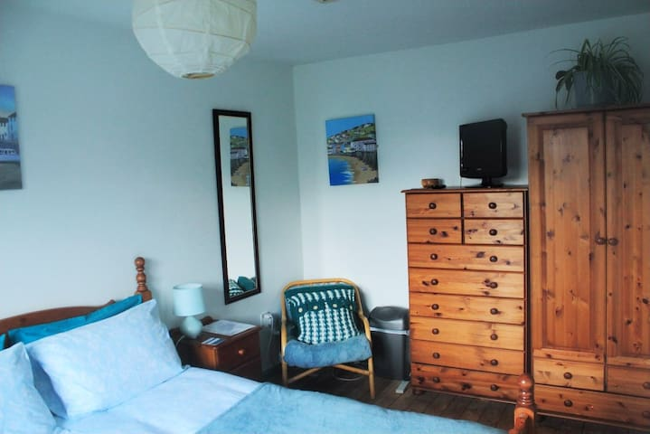 Bright West Facing Double Room
