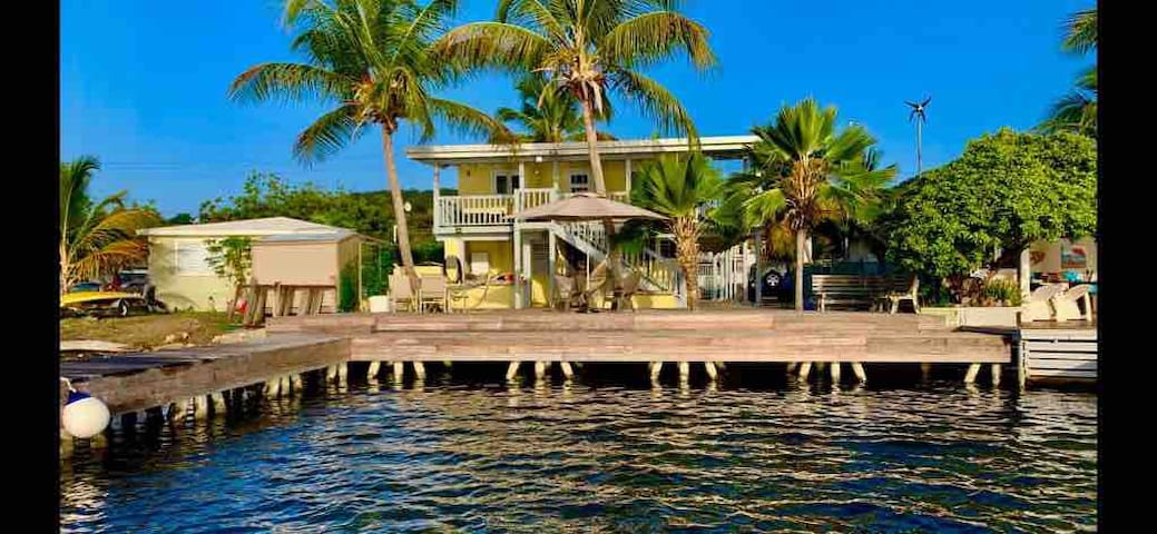 Villa Caney Culebra -Beautiful Deck-Private Dock-