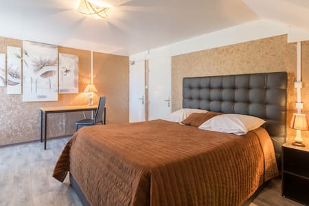 Chambre confort design - Bed & Breakfast
