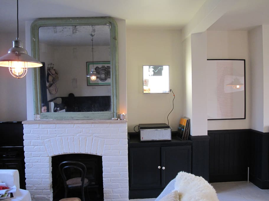 Fireplace with gas fire