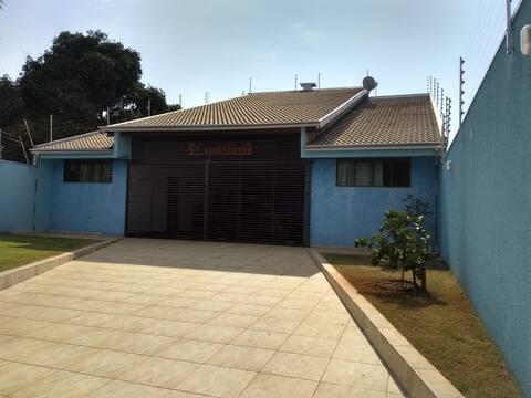 Casa em Rosana - Rancho Benevento> AR CONDICIONADO