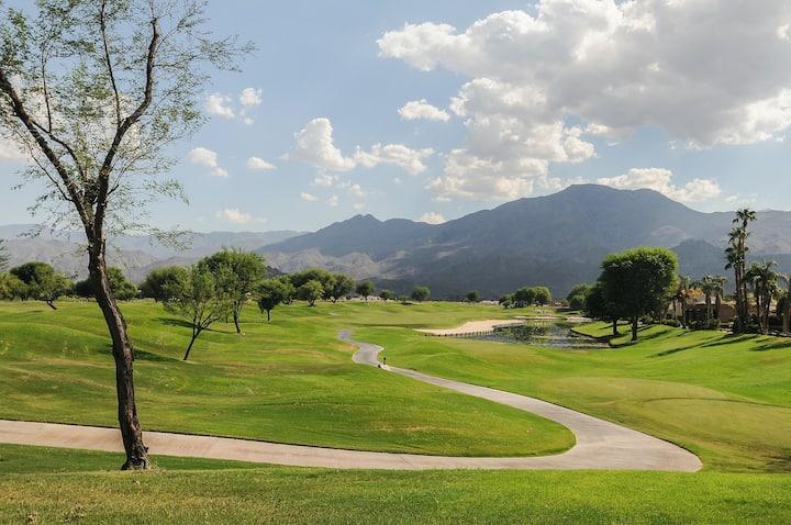 Golf & Mountain Views w/ a Shared Pool & Hot Tub - Dogs OK - 3BR - #LIC-0112117
