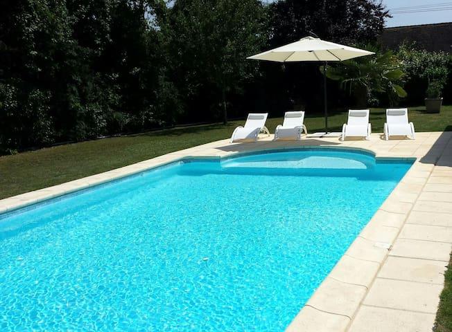 Lascaux Périgord noir et piscine à volonté
