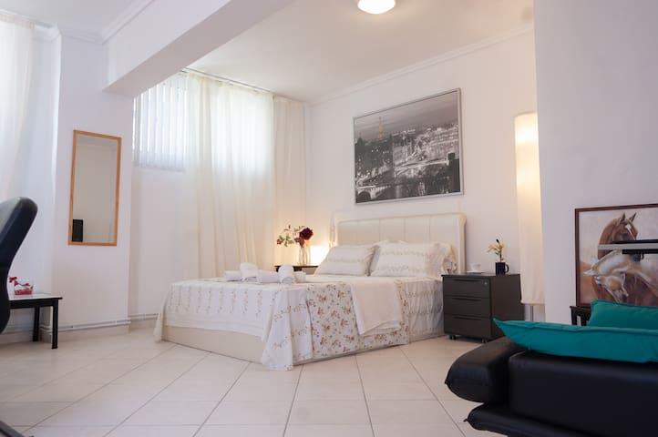 City maisonette apartment (85 m2)