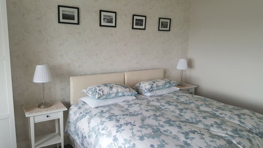 Forth Bay Guest House Rm4, breakfast included