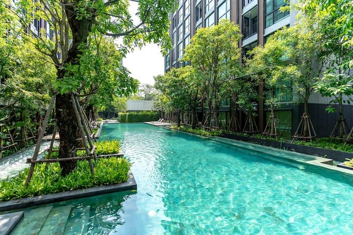 MK2015-曼谷市中心豪华日式温泉酒店公寓 bts thonglo本地小吃市场 免费泳池健身房