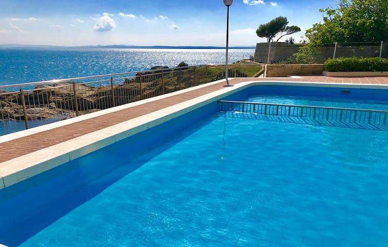 Magnifique appartement en front de mer, Caneylles