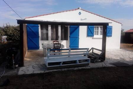 maison de vacances à la campagne près de l'océan - Talo