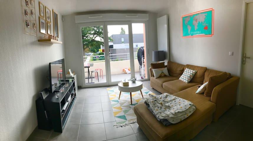 Chambre privée dans beau T3 neuf prox Bordeaux - Eysines - Pis