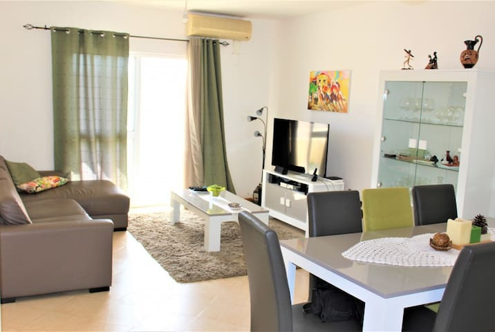 3 Rooms by the sea (per room) prime area of town