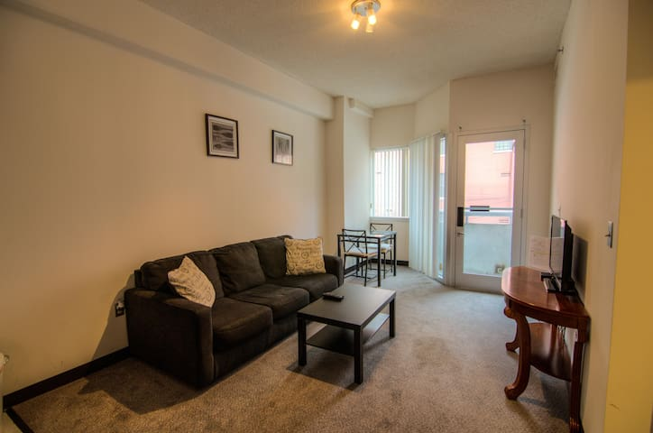 Georgetown one bedroom apartment.