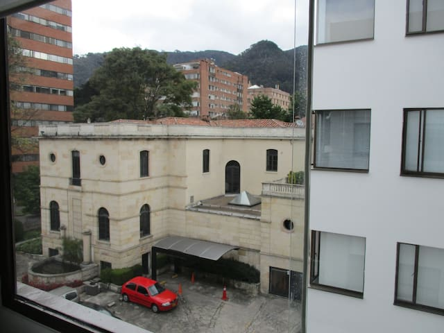 Bedroom with a view in the zona G - Soacha - Apartamento