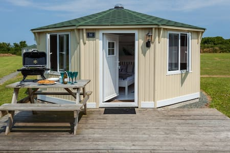 Duck Pool Cabin @ Coastal Cabins Glamping