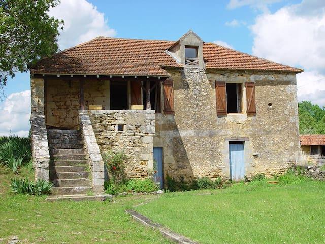 BARDILLE maison avec piscine - Daglan - House