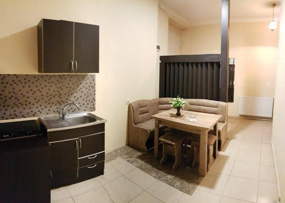 Vake flat appartements louer tbilisi tbilisi g orgie for Canape tbilisi