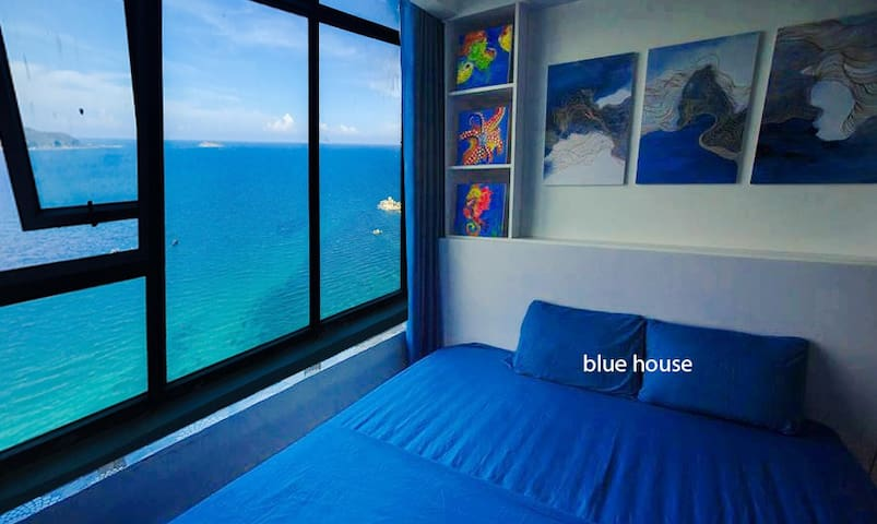 Seaview Apartment of a painter inNha Trang Vietnam
