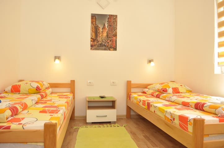 Rooms&Apartments -Bojic- 2