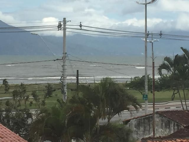 Apartamento no centro, na praia de caraguatatuba.