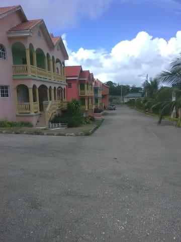 Horizon Heights Apartments