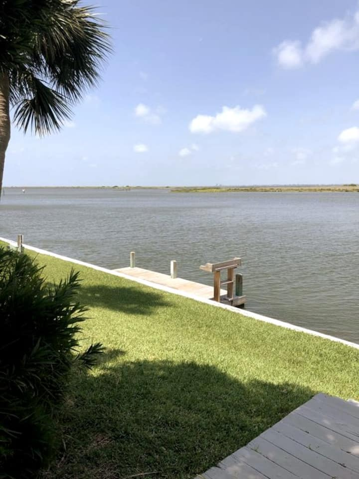 Waterfront Condo with Private Boat Dock!!