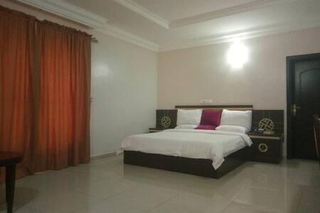 Green Suites Villa - Penthouse