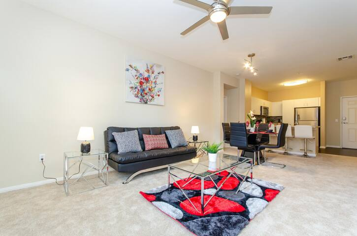 ★Gorgeously Chic★7mins to Convention Ctr & Disney★
