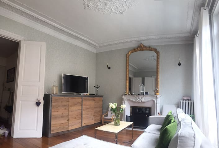 Appartement style haussmannien avec jardin