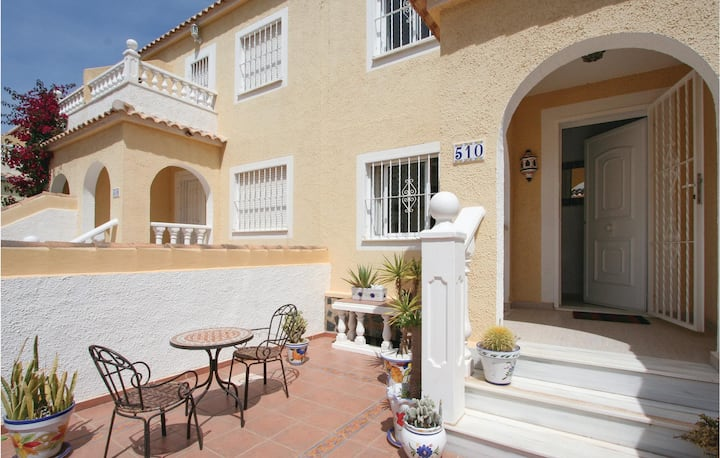 Amazing home in Santa Pola with Outdoor swimming pool, WiFi and 3 Bedrooms