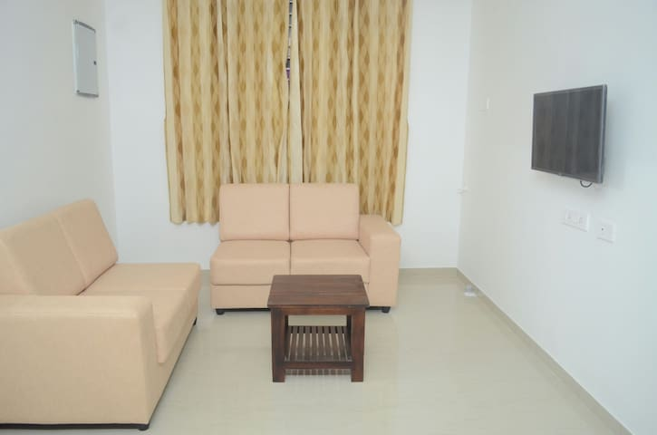 Blackroots 1BHK Serviced Apartments - Coimbatore - Departamento