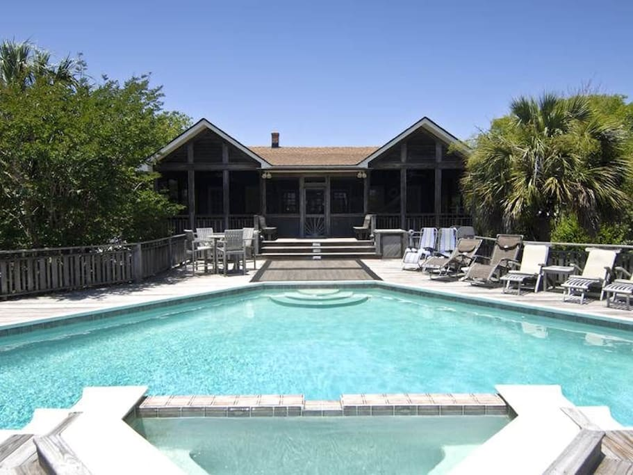 Family friendly beach front rental houses for rent in for Carolina island house cost to build