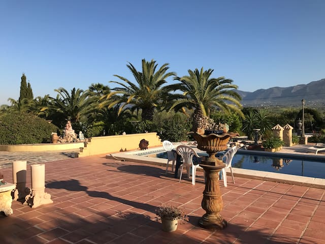 Casa rústica con magníficas vistas - Alhaurin el grande  - Villa
