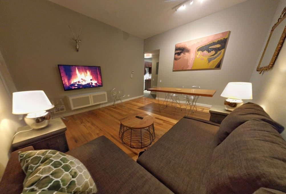 Living/Dining Area has Sleeper Sofa for 2.
