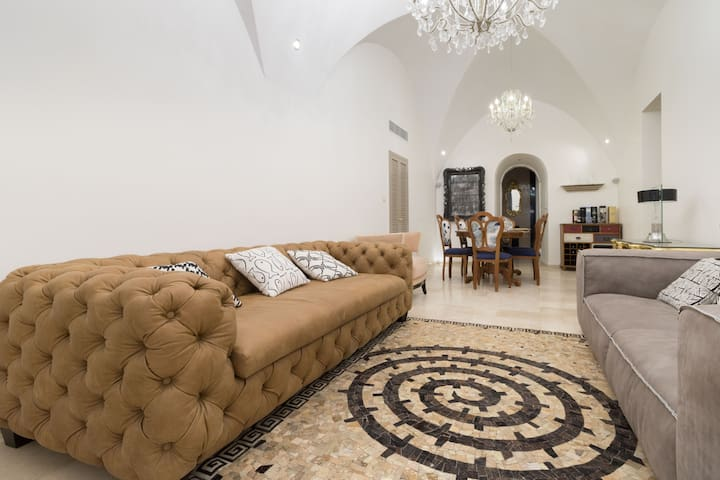 Luxury 4 Bedroom Villa in Heart of Jerusalem - ירושלים - 別荘
