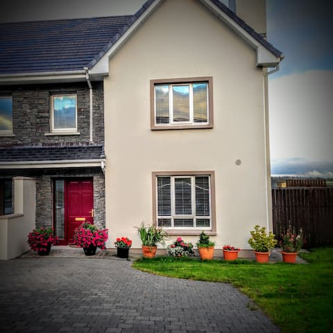 Spacious Double Bedroom - Milltown - House