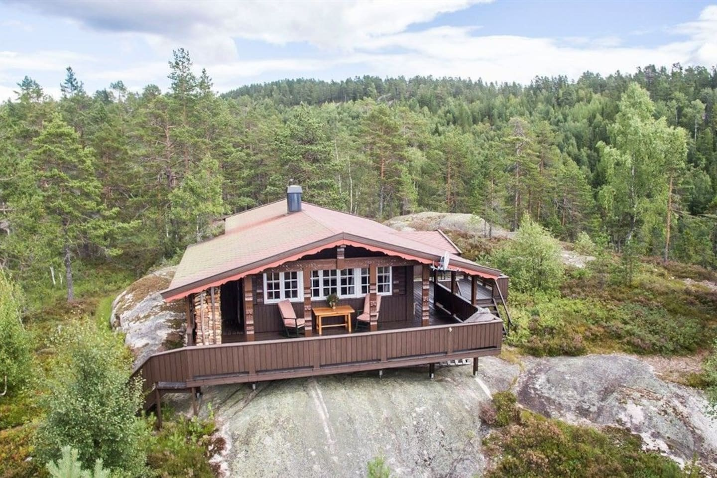 Cabin seen from the air (drone photo).