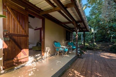 Tipti lakaz - Romantic Creole House