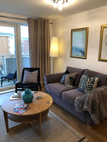Hansen House Cardiff Apartment With Free Parking