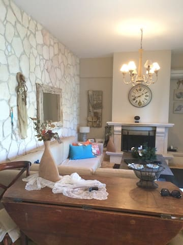 Luxury 2-bedroom villa in Pefkoxori