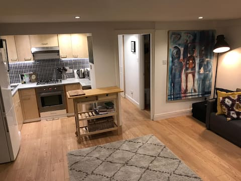 Perfect Tufnell Park Flat for four guests