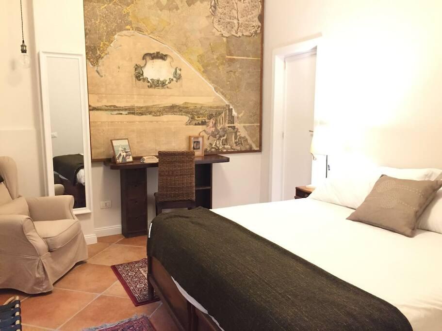 Montechia luxury appartamenti in affitto a napoli for Appartamenti in affitto arredati napoli