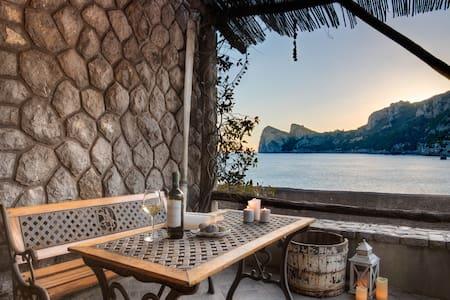 La Cabane Bleau- The perfect beachfront apartment - Nerano - Pis