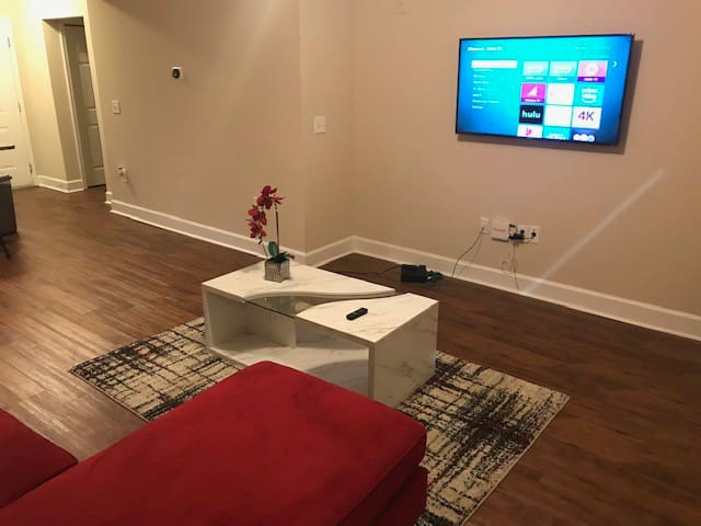Your Buckhead Beauty 1BR for 5 Guests